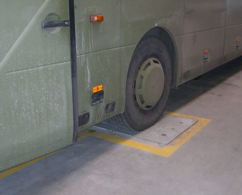 BM53000 wheel play detector in-ground with bus
