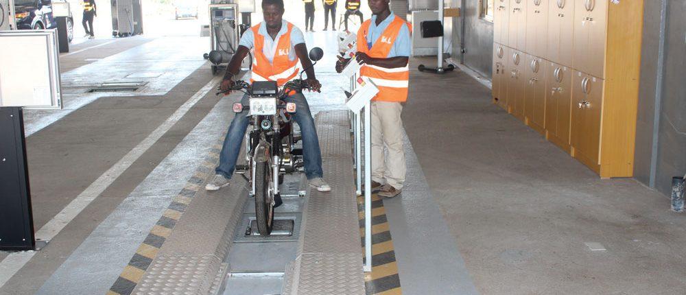 BM1010 motorcycle roller brake tester
