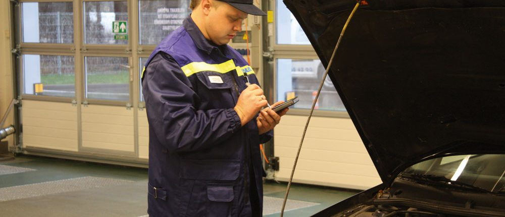 TUVLITA vehicle inspection, Lithuania. PDA with BM FlexCheck