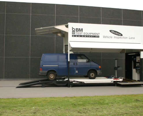 BM80000 mobile vehicle inspection lane with van