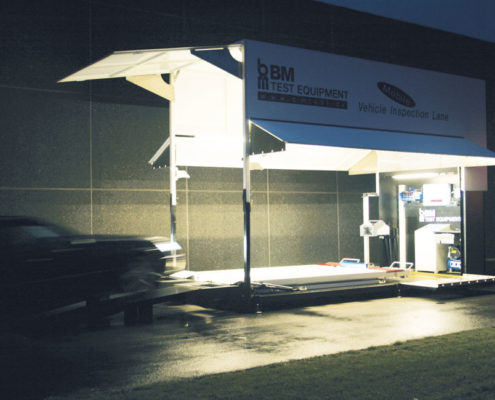 BM80000 mobile vehicle inspection lane at night