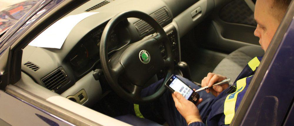 TUVLITA vehicle inspection, Lithuania. PDA with BM FlexCheck.